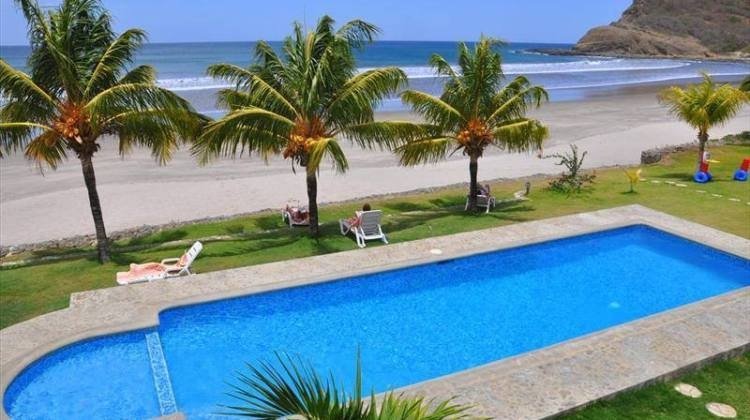 Hacienda Iguana Beach & Golf Club – Tola, Rivas.